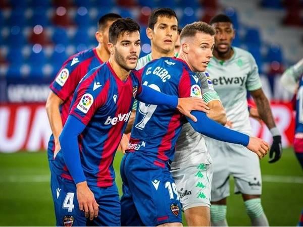 Dự đoán tỷ lệ Real Betis vs Levante (3h00 ngày 20/3)